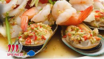 THAI 08. SPICY SEAFOOD SALAD